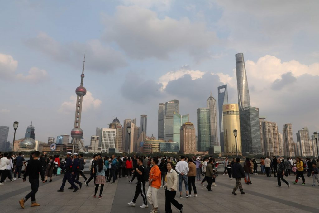 China's Services Sector Advanced At Slowest Rate In Last 8 Months