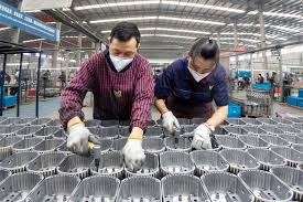 China's industrial profit falls 9.9% steepest in 8 months