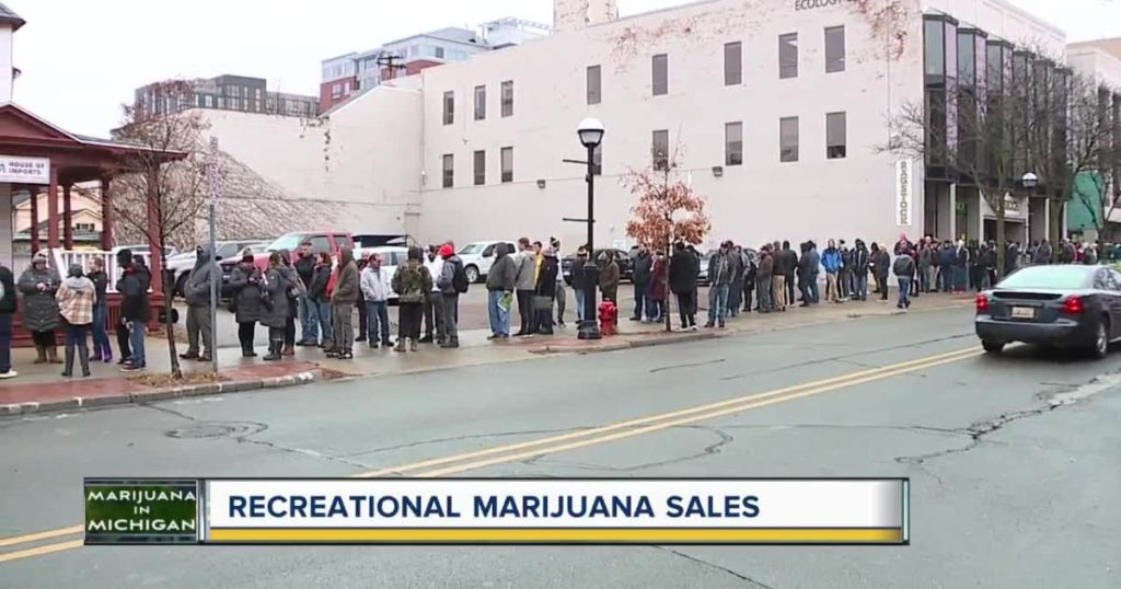 Long queues outside the stores which were selling marijuana legally